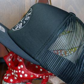 BUTTON MESH CAP